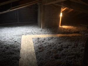 Dachboden mit Einblasdaemmung gedaemmt